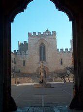 La plaza de San Bernardo vista desde el Arco Real.