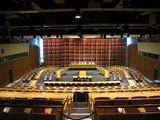 Interior de laSala de lo Económico y Social en el edificio del Secretariado de la ONU (1952)