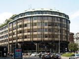 Edificio de oficinas en Piazza Meda, Milán (1969)