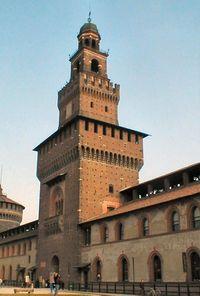 Milano Castello 1.jpg
