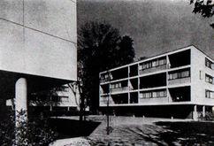 Bloque de viviendas para trabajadores de la embajada Estadounidense en París (1952)