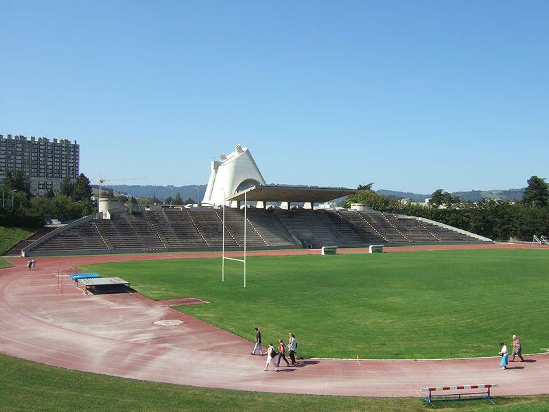 Archivo:Stade firminy vert DSCF1658.JPG