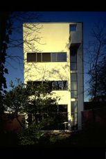 LeCorbusier.Casa Guiette.3.jpg