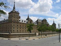 Fachada oeste del Monasterio de El Escorial.