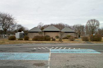 Kahn.bathhouse001 lg.jpg