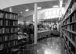 AlvarAalto.BibliotecaSeinajoki.5.jpg