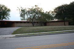 Casa E. Clarke Arnold, Columbus, EE. UU.(1954-1956)