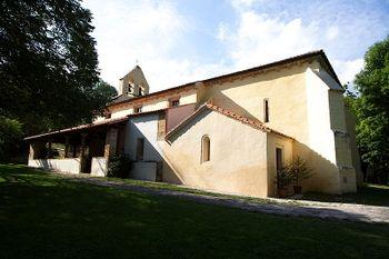 Iglesia de Santa María de Llas - 07.jpg