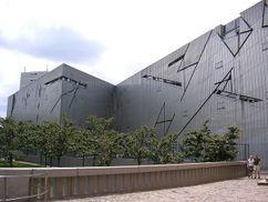Libeskind.MuseoJudioBerlin.4.jpg