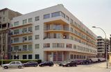 Edificio de viviendas Novocomum]], Como (1927-1929)