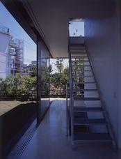 WallLessHouse.Tezuka-3.jpg