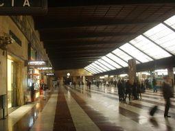 Stazione Santa Maria Novella, interno 33.JPG