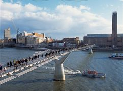 Millennium Bridge, Londres (1996-2000)