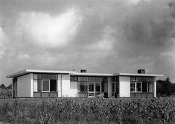 Rietveld.CasaStoop.2.jpg