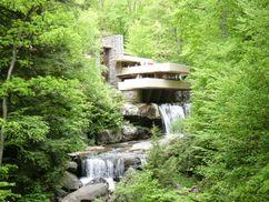 Casa Edgar J. Kaufmann (Casa de la cascada), Mill Run, EE. UU.(1935-1937)