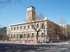 Reforma de Escuelas Aguirre, Madrid (primera:1908–1909; segunda:1929)