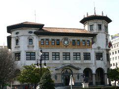 Edificio de Correos, Santander, con Eugenio Fernández Quintanilla (1915)
