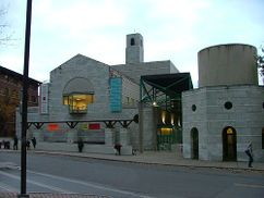 Cornell University Performing Arts Center, Ithaca, Estados Unidos(1983-1988), junto con Michael Wilford.